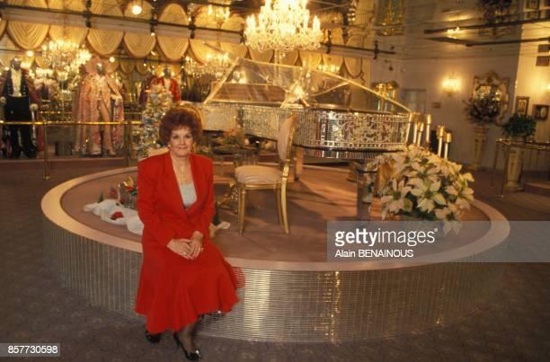 Dora Liberace bellesoeur du celebre musicien Liberace et directrice du musee qui lui est dedie le 17 novembre 1993 a Las Vegas Nevada
