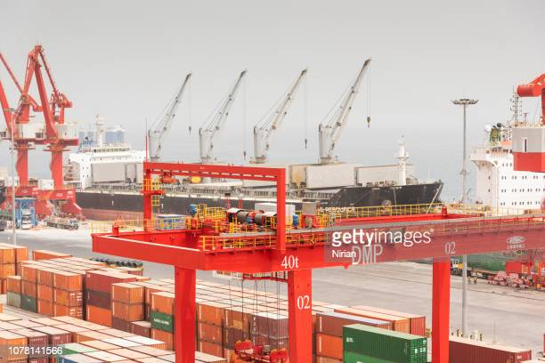 doraleh multi-purpose port in djibout - djibouti stock pictures, royalty-free photos & images