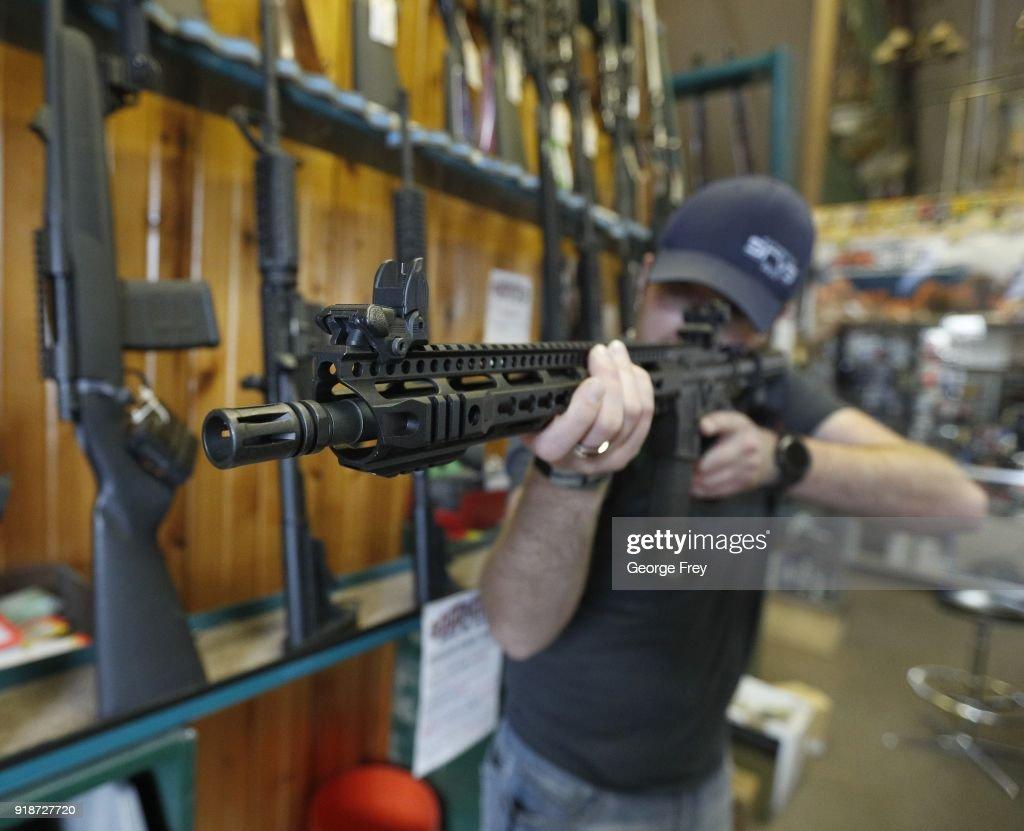 AR-15 Assault Rifles Sold At Utah Gun Shop : News Photo
