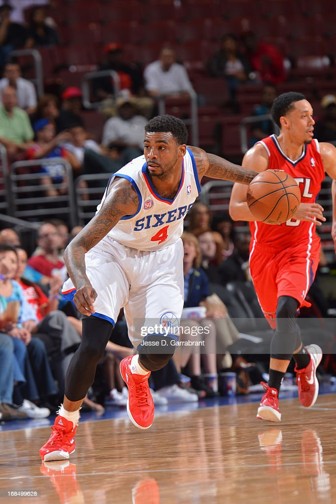 Dorell Wright #4 of the Philadelphia 76ers brings the ball up court against the Atlanta Hawks at the Wells Fargo Center on April 10, 2013 in Philadelphia, Pennsylvania.