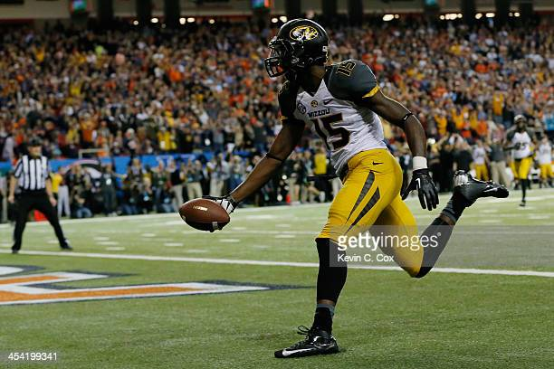 Dorial GreenBeckham of the Missouri Tigers scores a touchdown in the second quarter against the Auburn Tigers during the SEC Championship Game at...