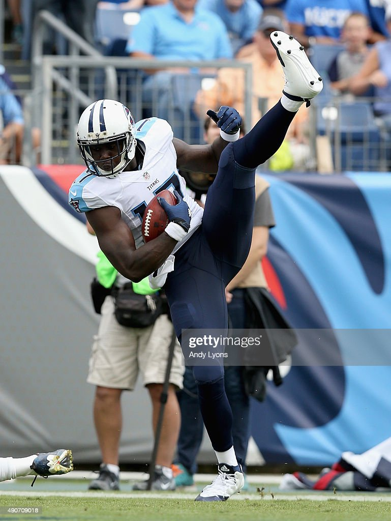 Dorial Green-Beckham #17 of the Tennessee Titans catches a touchdown pass during the game against the Indianapolis Colts at LP Field on September 27, 2015 in Nashville, Tennessee.
