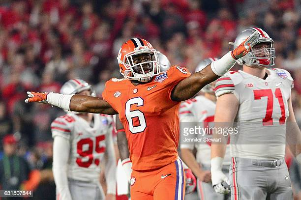 Dorian O'Daniel of the Clemson Tigers reacts after a missed field goal by the Ohio State Buckeyes during the first half of the 2016 PlayStation...