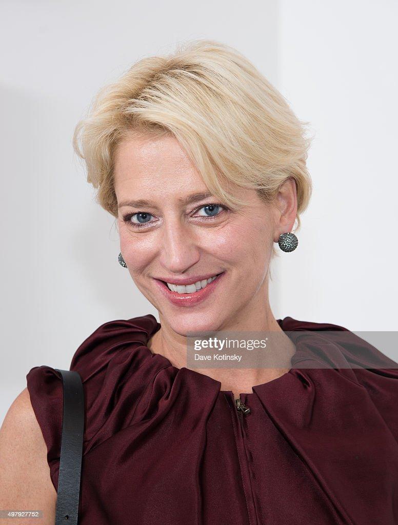 Dorinda Medley attends the Sheila Rosenblum Resident Magazine Cover Party at Soho Contemporary Art Gallery on November 19, 2015 in New York City.