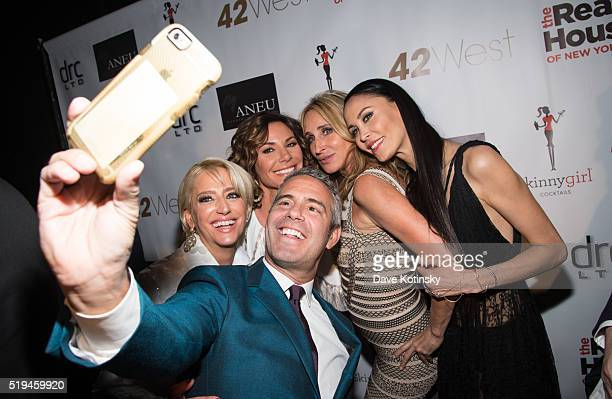 """Dorinda Medley, Luann de Lesseps, Sonya Morgan, Andy Cohen and Julianne Wainstein pose for selfie at the """"The Real Housewives Of New York City""""..."""