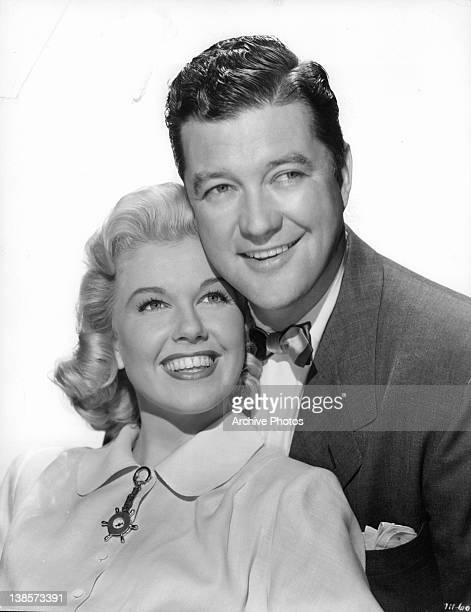 Doris Day and Dennis Morgan pose in a scene from the film 'It's A Great Feeling' 1949