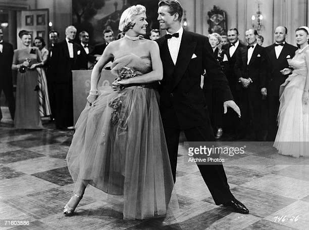 Doris Day and Gene Nelson star in the Warner Brothers musical 'Lullaby of Broadway' directed by David Butler 1951