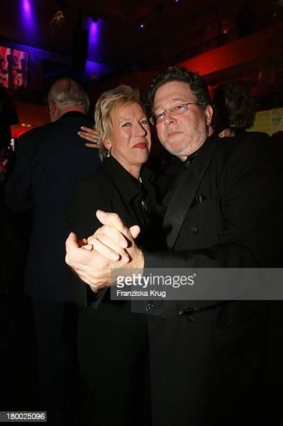 Doris Dörrie Mit Ehemann Helge Weindler Beim 34 Deutschen Filmball Im Hotel Bayerischer Hof In München Am 200107