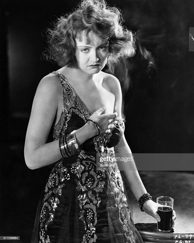 Actress Doris Kenyon as The Half Way Girl : News Photo