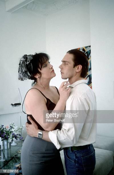 Doris Kunstmann Jacques Breuer ZDFFernsehspiel Der Schrei der Eule Schauspielerin Schauspieler Promis Prominente Prominenter