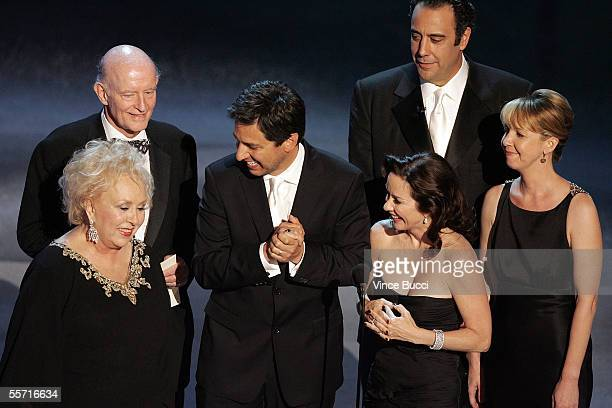 Doris Roberts Peter Boyle Ray Romano Patricia Heaton Brad Garrett and Monica Horan accept the award onstage for Outstanding Comedy Series for...