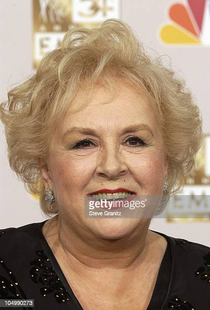 Doris Roberts winner for Best Suppporting Actress in a Comedy Series 'Everybody Loves Raymond'