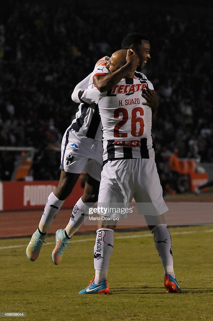 Monterrey v Chivas - Apertura 2014 Liga MX