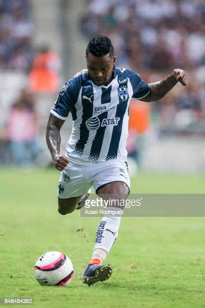 Dorlan Pabon of Monterrey drives the ball during the 9th round match between Monterrey and Atlas as part of the Torneo Apertura 2017 Liga MX at BBVA...