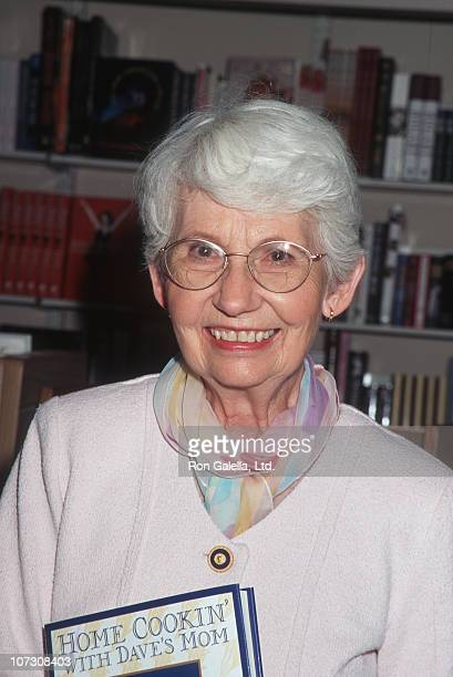 Dorothy Letterman during Dorothy Letterman Signs Her New Book 'Home Cookin' with Dave's Mom' April 19 1996 at Waldenbooks in New York City New York...