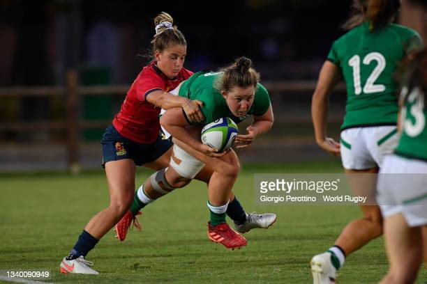Dorothy Wall of Ireland in action during the Rugby World Cup 2021 Europe Qualifying match between Spain and Ireland at Stadio Sergio Lanfranchi on...