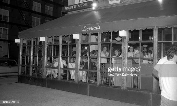 Dorrian's bar 300 East 84th St NYC Exterior of bar that was Robert Chambers nicknamed the Preppie Killer by the media He pleaded quilty to...
