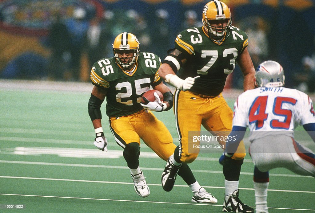 Super Bowl XXXI - New England Patriots v Green Bay Packers : News Photo
