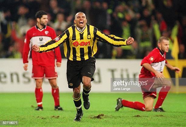 1 BUNDESLIGA 01/02 Dortmund BORUSSIA DORTMUND 1 FC KAISERSLAUTERN 30 JUBEL Marcio AMOROSO/DORTMUND nach seinem TOR zum 30