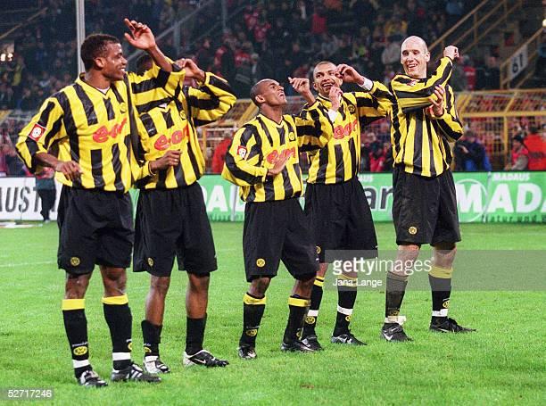1 BUNDESLIGA 01/02 Dortmund BORUSSIA DORTMUND 1 FC KAISERSLAUTERN 30 JUBEL nach dem ELFMETERTOR von AMOROSO zum 20 Sunday OLISEH EVANILSON EWERTHON...
