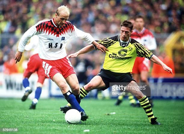 1 BUNDESLIGA 94/95 Dortmund BORUSSIA DORTMUND HAMBURGER SV 20 Andreas FISCHER/HSV Steffen FREUND/DORTMUND