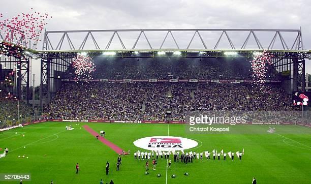 1 BUNDESLIGA 02/03 Dortmund BORUSSIA DORTMUND HERTHA BSC BERLIN Dortmunder Westfalenstadion/Saisonstart