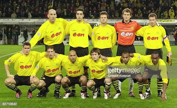 LEAGUE 02/03 Dortmund BORUSSIA DORTMUND PSV EINDHOVEN 11 hintere Reihe vlnr Jan KOLLER Ahmed Reda MADOUNI Christian WOERNS TORWART Jens LEHMANN...