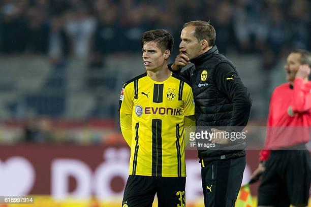 Dortmund Germany 1Bundesliga 7 Spieltag BV Borussia Dortmund Hertha BSC Berlin 11 Julian Weigl und Trainer Thomas Tuchel