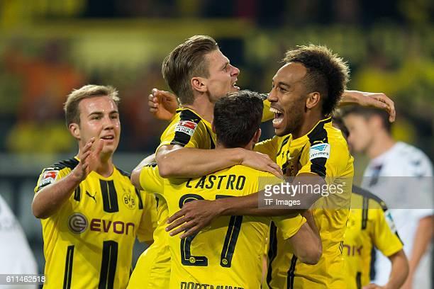 Dortmund Germany 1Bundesliga 5 Spieltag BV Borussia Dortmund SC Freiburg 31 jubel um Lukasz Piszczek nach seinem treffer zum 20