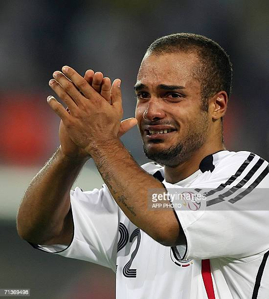 German midfielder David Odonkor cries at the end of the extratime of the World Cup 2006 semi final football match Germany vs Italy 04 July 2006 at...