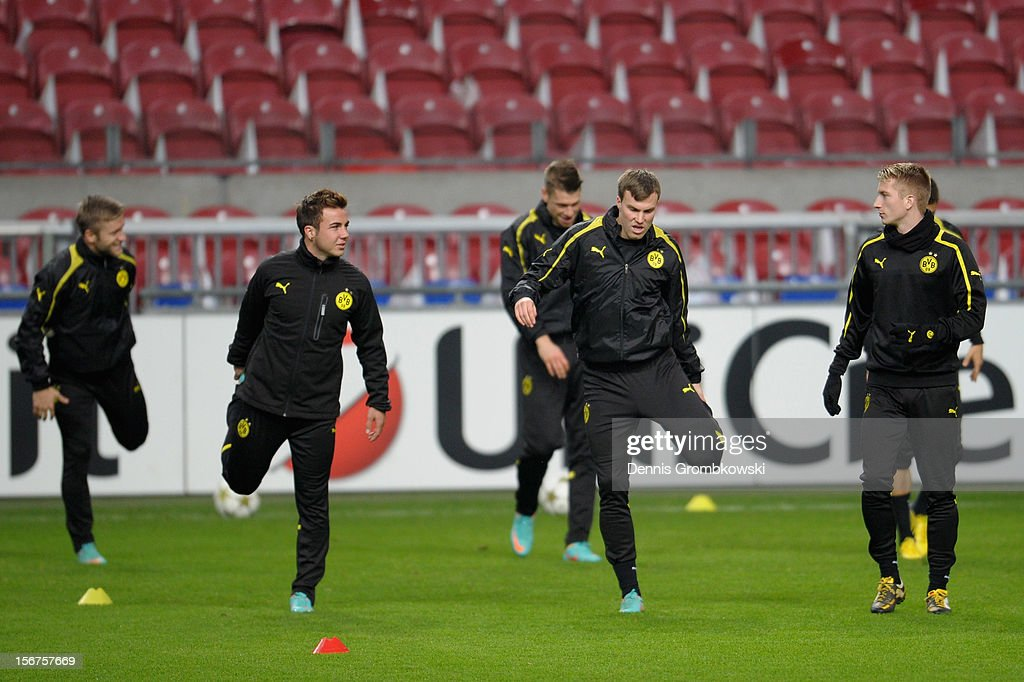 Dortmund players take part in a training session ahead of the UEFA Champions League match against Ajax Amsterdam on November 20, 2012 in Amsterdam, Netherlands.
