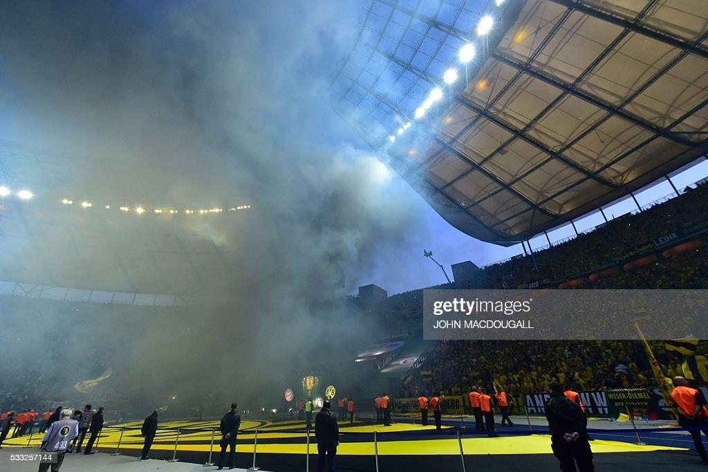 FBL-GER-CUP-BAYERN-MUNICH-DORTMUND : Nachrichtenfoto