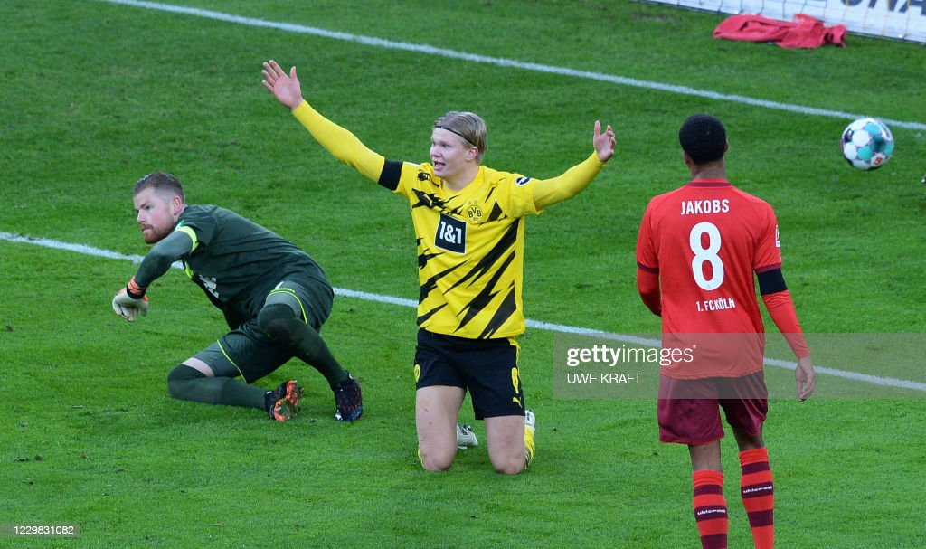 FBL-GER-BUNDESLIGA-DORTMUND-COLOGNE : News Photo