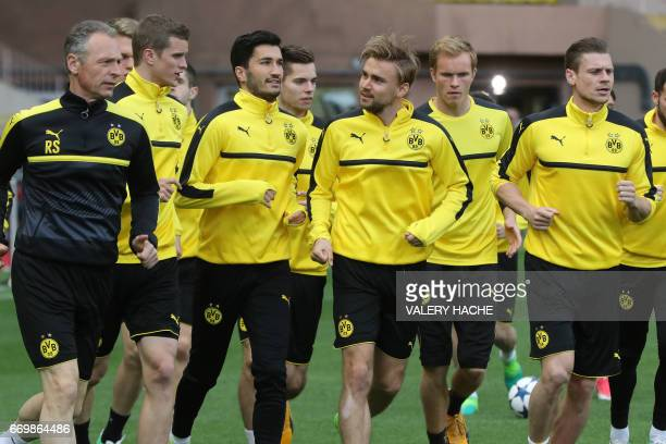 Dortmund's players take part in a training session on the eve of the UEFA Champions League football match Monaco vs Dortmund on April 18 2017 at the...