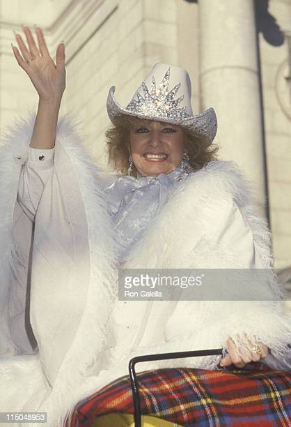 Dottie West attends Thanksgiving Day Parade on November 27 1986 in New York City