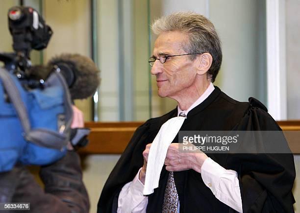 Me Thierry Levy , avocat de Lionel Dumont, accuse d'avoir sombre dans le banditisme apres avoir combattu en Bosnie au nom de l'islam, repond aux...