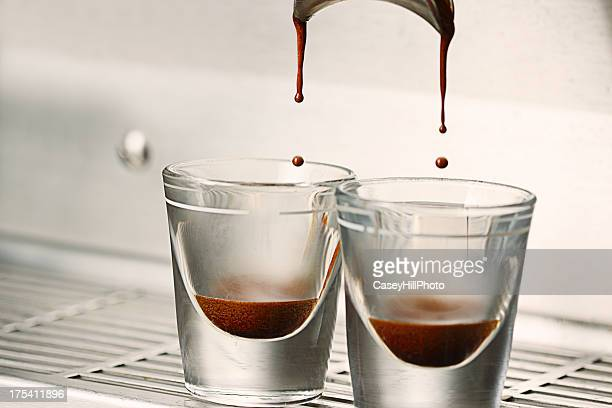 double shot of espresso - volume fluid capacity stock pictures, royalty-free photos & images