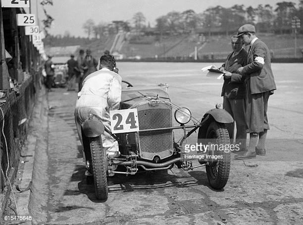 Double Twelve race, Brooklands, 8/9 May 1931. Place: Brooklands. J.C.C. Double Twelve. Date: 8/9.5.31. Artist Bill Brunell.