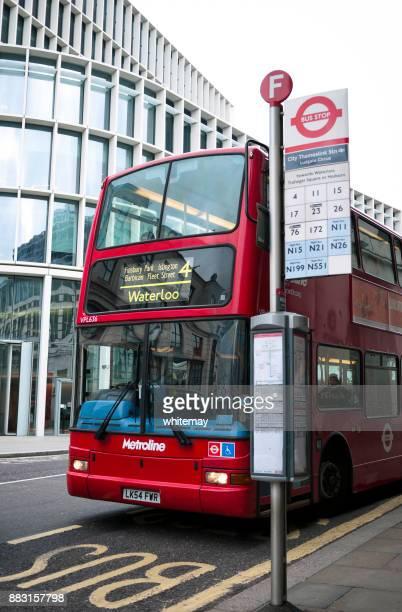 Bus londonien à deux étages à Waterloo