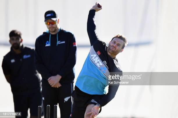 Doug Bracewell bowls during a New Zealand Blackcaps training session at the New Zealand Cricket High Performance Centre on May 13, 2021 in Lincoln,...