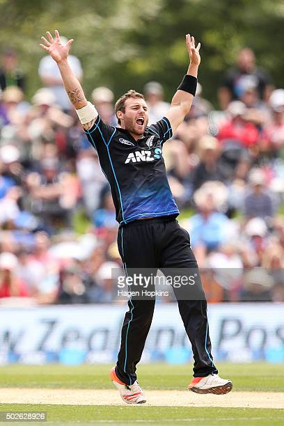 Doug Bracewell of New Zealand appeals successfully for the wicket of Dinesh Chandimal of Sri Lanka during the second One Day International game...