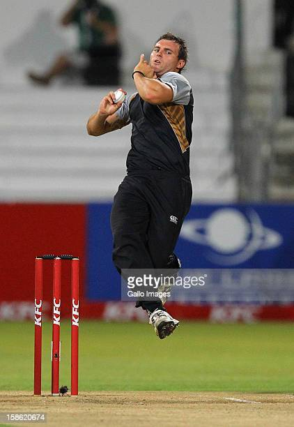 Doug Bracewell of New Zealand bowls during the 1st T20 match between South Africa and New Zealand at Sahara Park Kingsmead on December 21 2012 in...