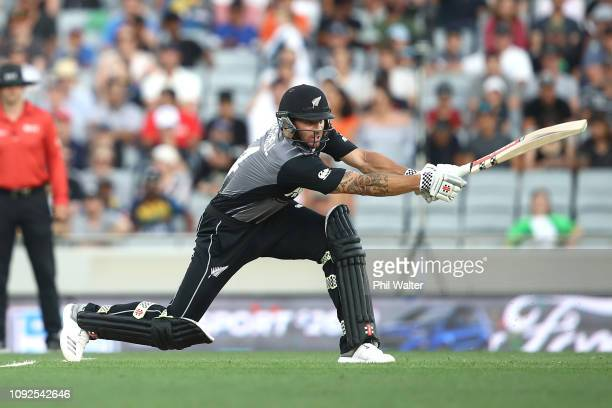 Doug Bracewell of the New Zealand Black Caps bats during the International Twenty20 match between New Zealand and Sri Lanka at Eden Park on January...