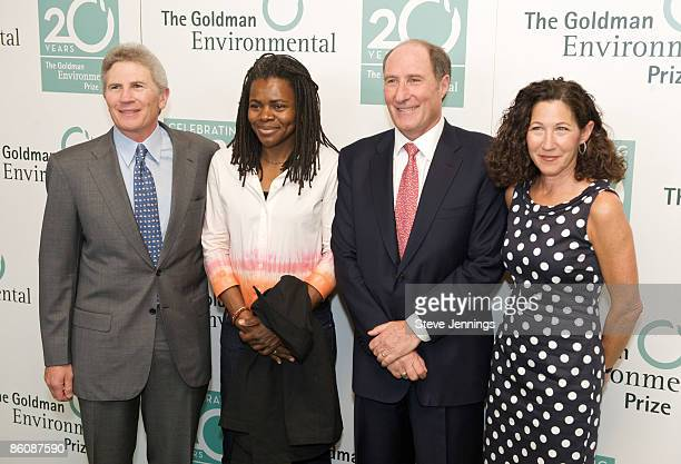 Doug Goldman, singer Tracy Chapman, John Goldman and Susie Gelman arrive at the 20th Anniversary Ceremony of the 'Green Nobel' at the San Francisco...