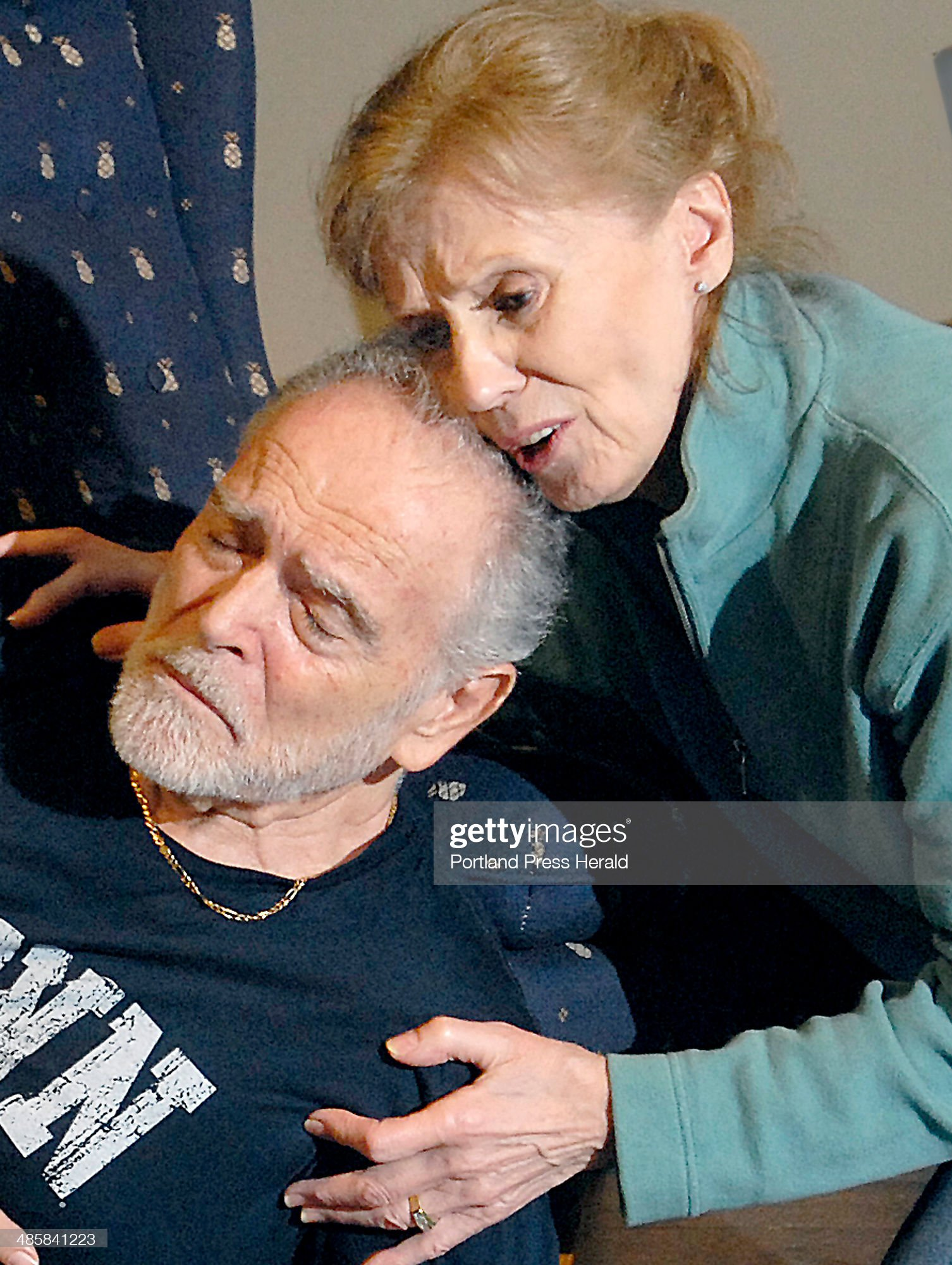Willi Burke and Robert Morton Brooks star in Good Theater's ''On Golden Pond.'' : Photo d'actualité