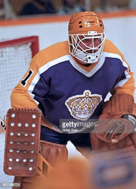 Doug Keans of the the Los Angeles Kings prepares for a shot against the Toronto Maple Leafs at Maple Leaf Gardens in Toronto Ontario Canada on March...