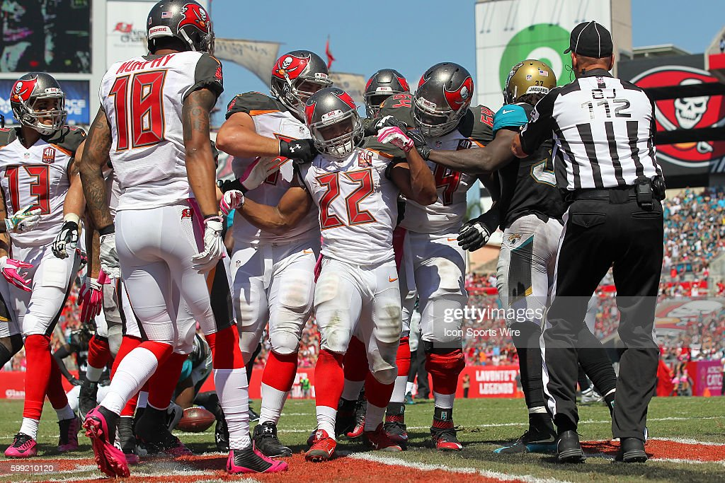 NFL: OCT 11 Jaguars at Buccaneers : News Photo