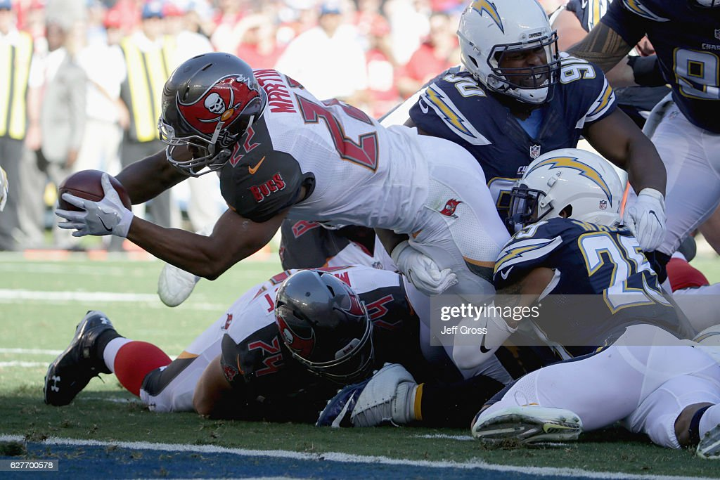 Tampa Bay Buccaneers v San Diego Chargers : News Photo