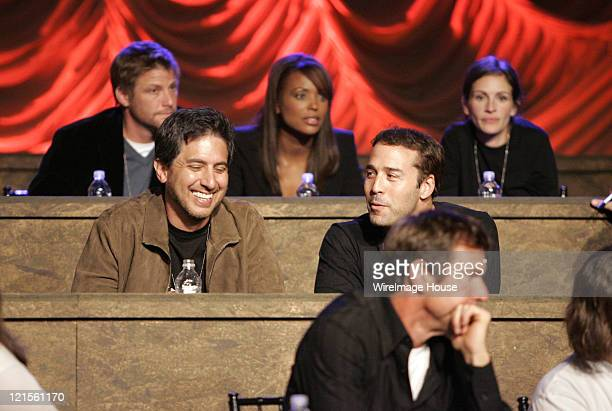 Doug Savant Ray Romano Aisha Tyler Jeremy Piven Dennis Quaid and Julia Roberts at the phone bank during 'Shelter from the Storm A Concert for the...