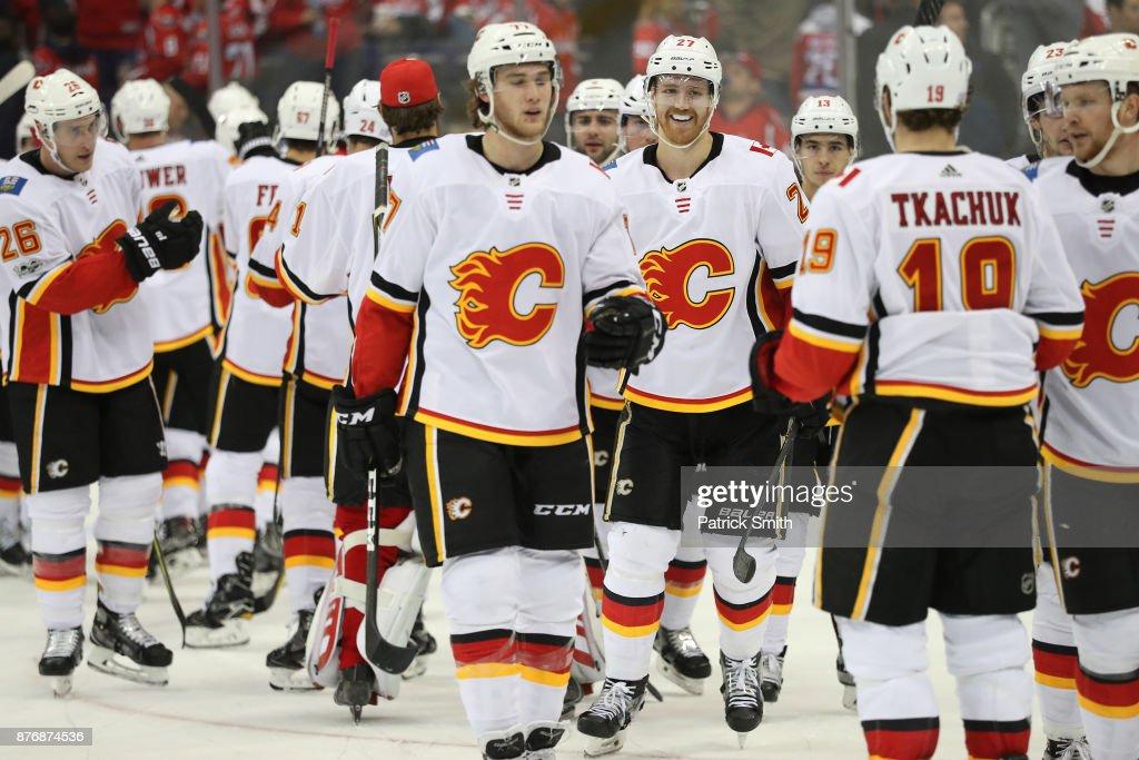 Calgary Flames v Washington Capitals : News Photo